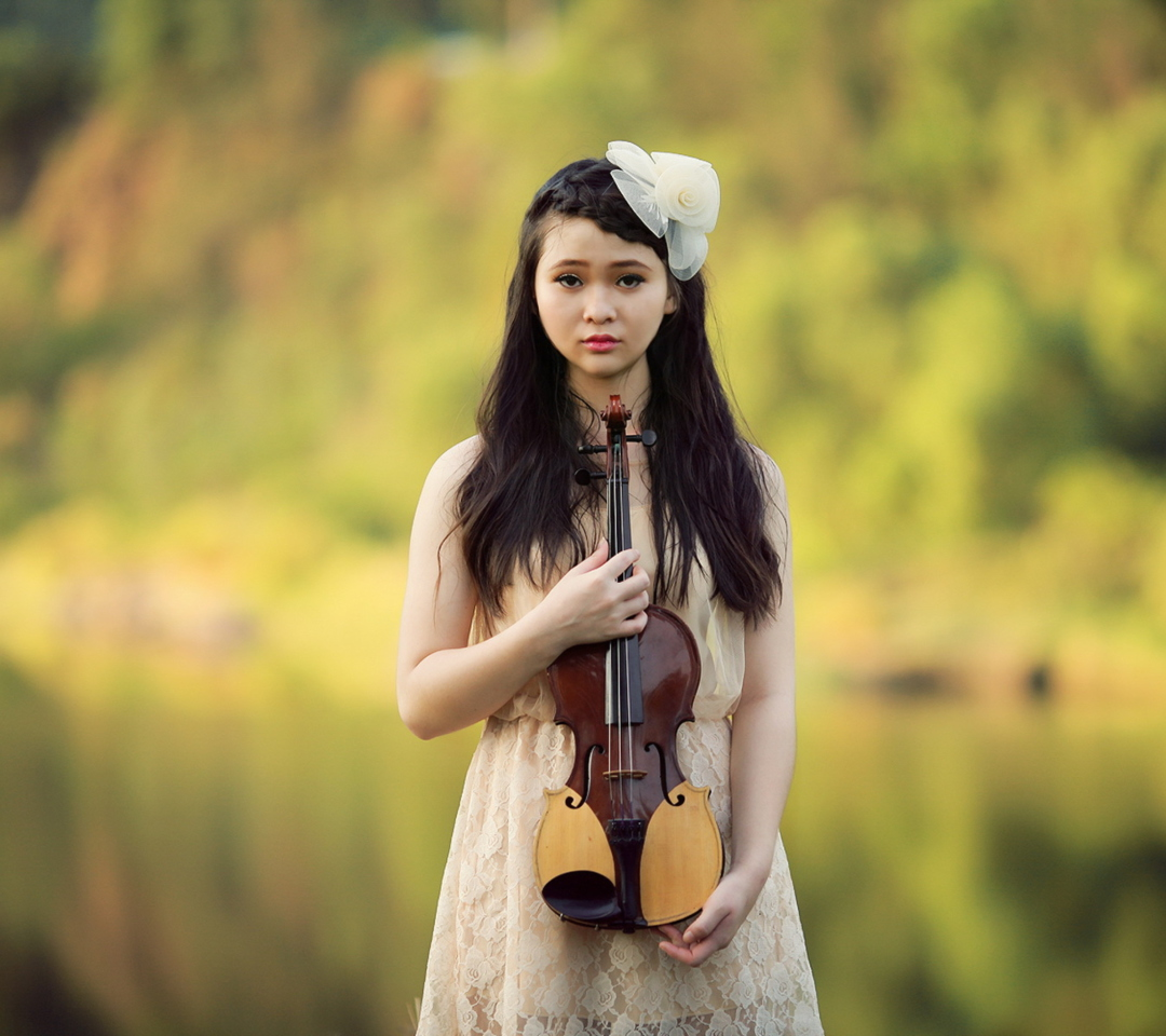 Screenshot №1 pro téma Girl With Violin 1080x960
