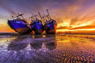 Ship graveyard in Nouadhibou, Mauritania Wallpaper for Blackberry RIM 4G PlayBook HSPA+