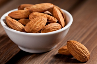 Free Almonds Picture for Android, iPhone and iPad