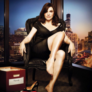 Julianna Margulies as Alicia Florrick in The Good Wife - Obrázkek zdarma pro 128x128