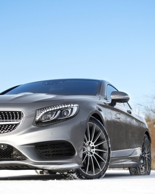 Mercedes Benz S65 Coupe Background for Nokia C2-01