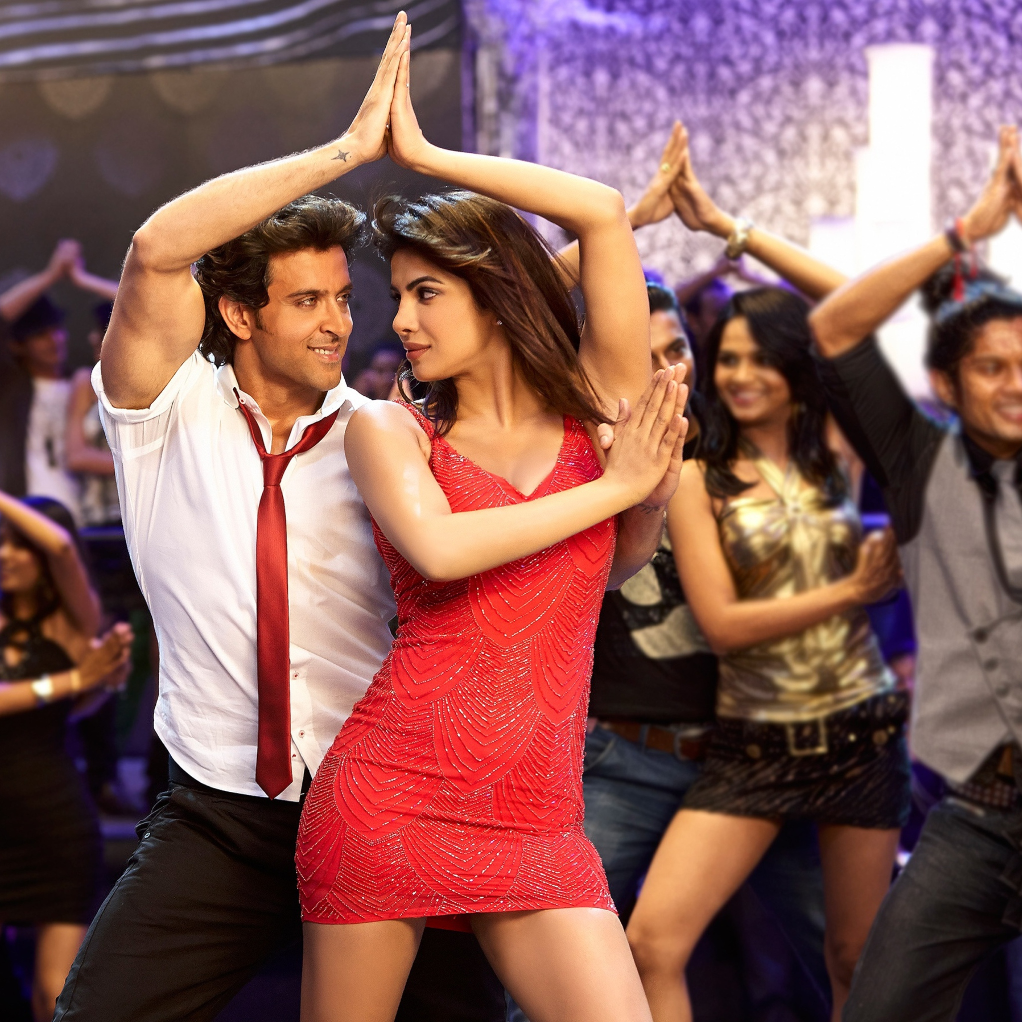 hrithik roshan and priyanka chopra in movie krrish 3 hd - HD 2048×2048