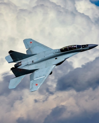 Free Mikoyan MiG 29 Picture for iPhone 5S