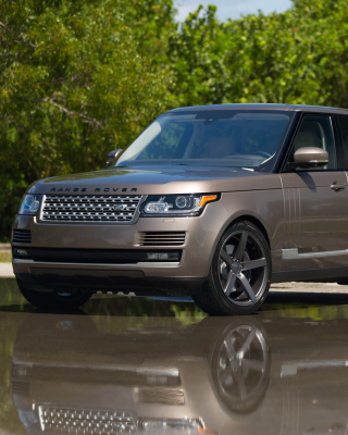 Range Rover 22 inch Rims Background for Nokia Asha 308