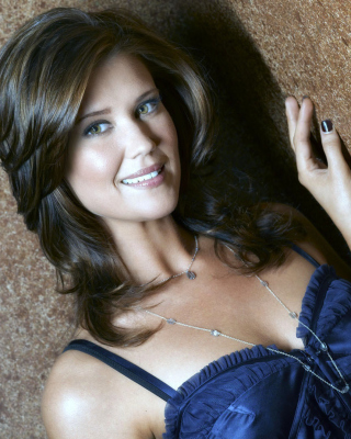 Sarah Lancaster Wallpaper for HTC Titan