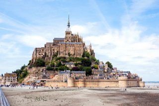 Mont Saint Michel Background for 220x176