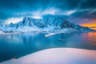 Lofoten Island Background for Android, iPhone and iPad