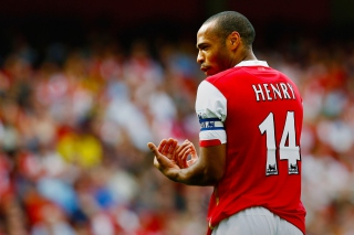 Thierry Henry Arsenal papel de parede para celular para Widescreen Desktop PC 1600x900