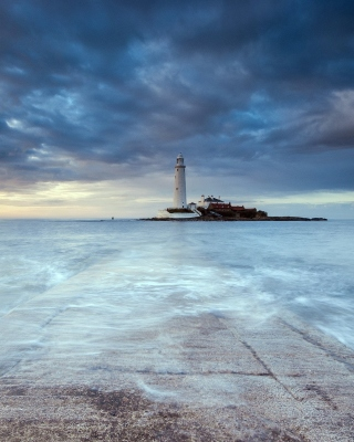 Lighthouse in coastal zone Picture for iPhone 6 Plus
