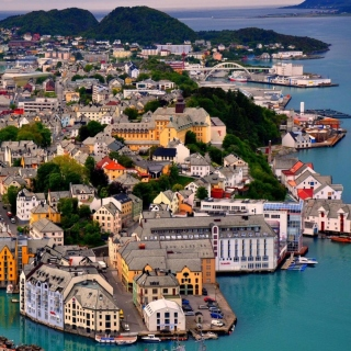 Free Alesund Picture for iPad 3