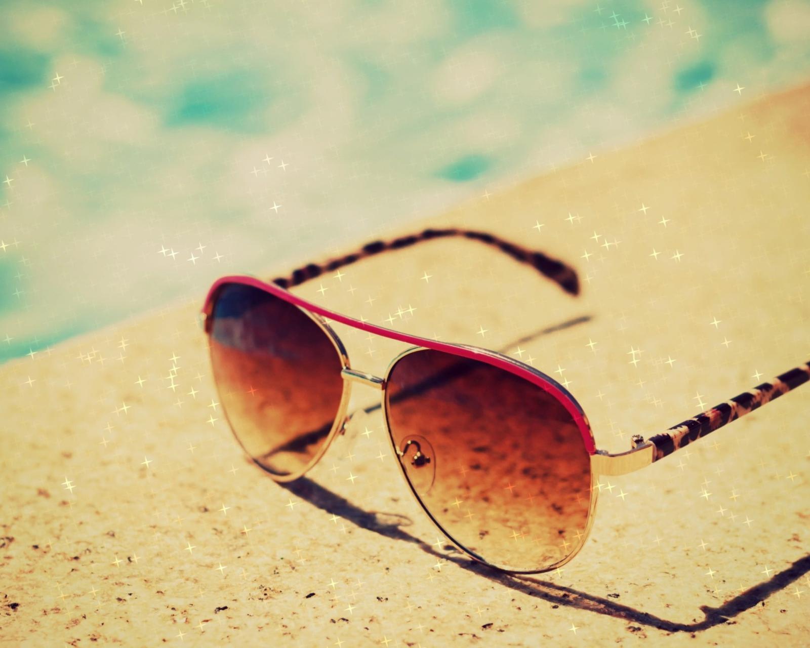 sunglasses summer writing