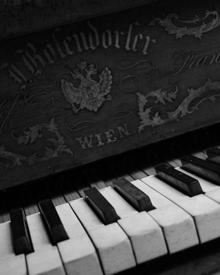 Vienna Piano Picture for 240x320