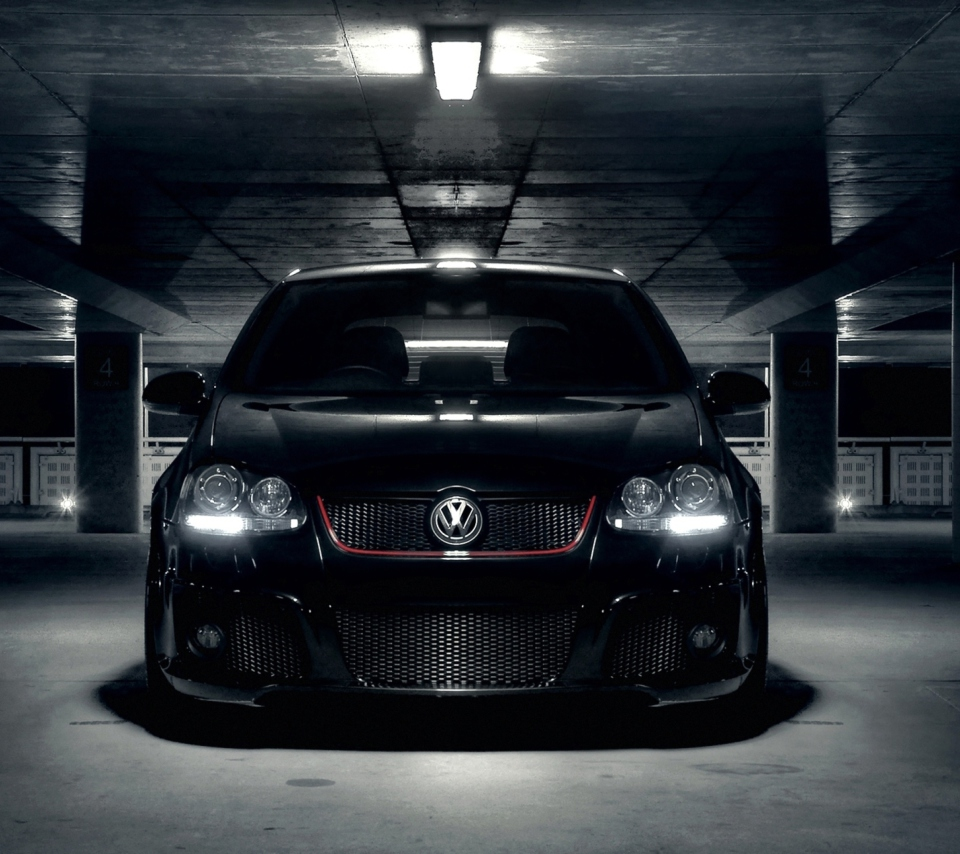 Volkswagen Golf in Parking para Sony Ericsson XPERIA PLAY
