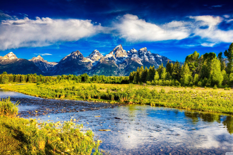 природа небо облака озеро трава горы без смс