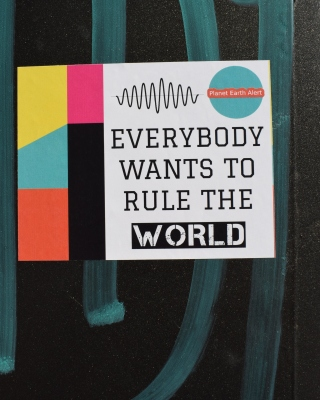 Everybody Wants to Rule the World Wallpaper for 240x320