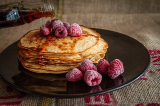 Delicious Pancake in Paris Background for Android, iPhone and iPad