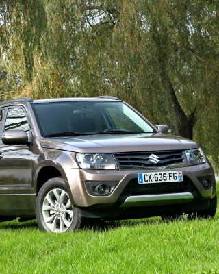 Suzuki Grand Vitara Picture for Nokia C5-06