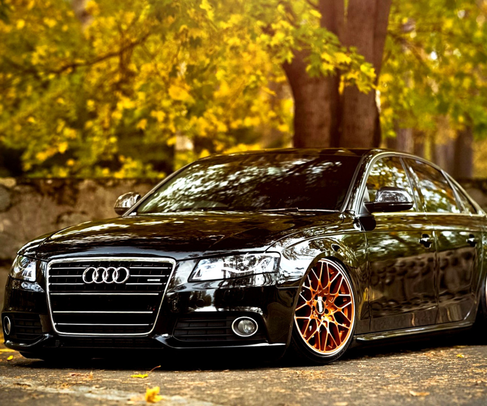 Screenshot №1 pro téma Audi A4 with New Rims 960x800