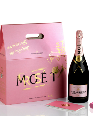 Moet & Chandon Finest Vintage Champagne Wallpaper for 240x320
