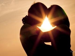 Love Shines Kiss para Nokia X2-01