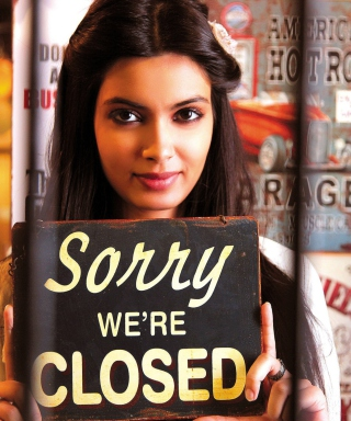 Free Diana Penty In Cocktail Picture for Nokia Asha 306