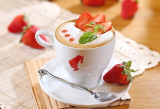 Strawberry Cappuccino Background for Android, iPhone and iPad