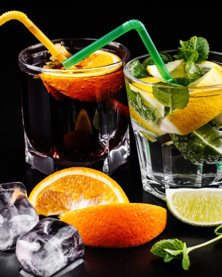 Free Alcoholic Coctails Picture for 240x320