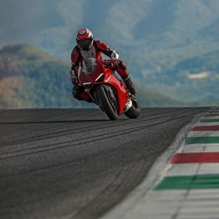 Ducati Panigale V4 2018 Sport Bike Wallpaper for iPad