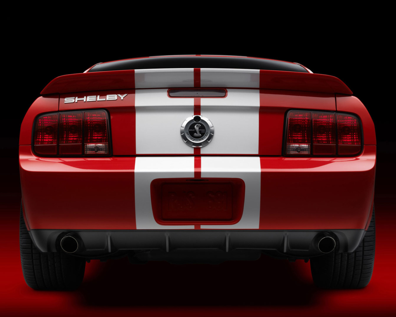 Screenshot №1 pro téma Ford Mustang Shelby GT500 1280x1024