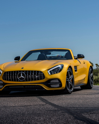 Mercedes AMG GT C Roadster sfondi gratuiti per iPhone 6 Plus