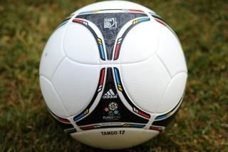 Soccer Ball Picture for Android, iPhone and iPad
