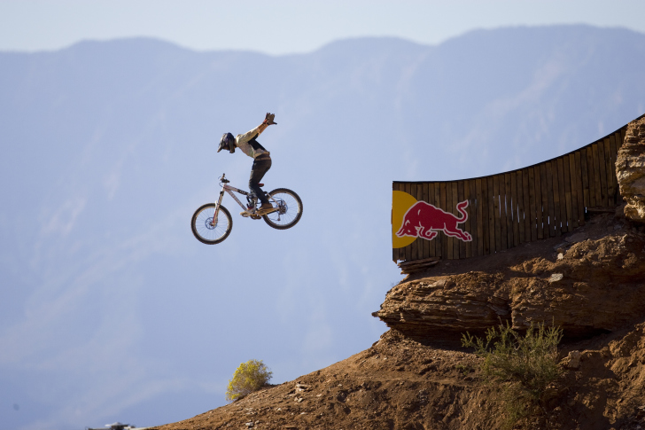 Screenshot №1 pro téma Red Bull Extreme Bicyclist