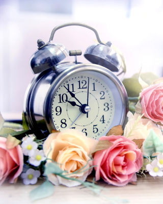 Free Alarm Clock with Roses Picture for Nokia Asha 306