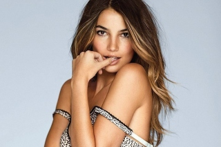 Lily Aldridge Wallpaper for Android, iPhone and iPad