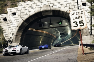 Tunnel Race Cars Picture for Android, iPhone and iPad