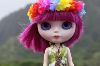 Free Doll With Pink Hair And Blue Eyes Picture for Android, iPhone and iPad