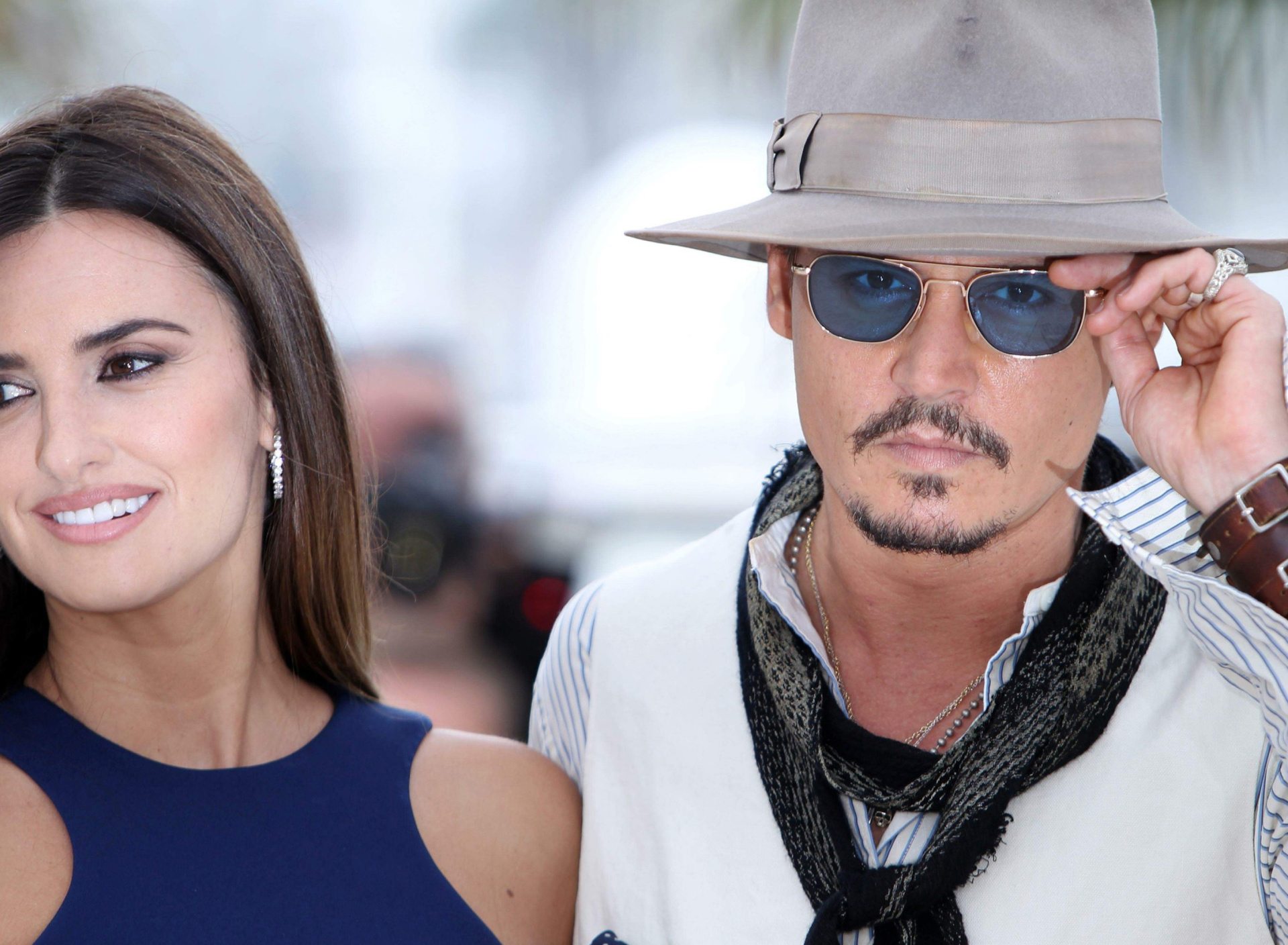 Screenshot №1 pro téma Johnny Depp and Penelope Cruz 1920x1408