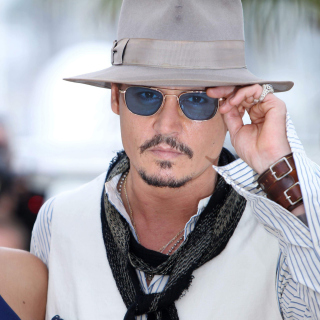 Kostenloses Johnny Depp and Penelope Cruz Wallpaper für iPad mini 2