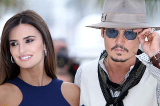 Johnny Depp and Penelope Cruz Background for Android, iPhone and iPad