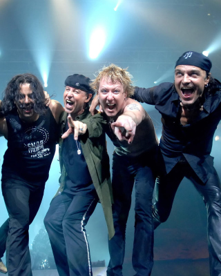 Free Scorpions Music Band Picture for Nokia Asha 306