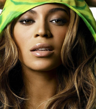 Beyonce Knowles Picture for HTC Titan
