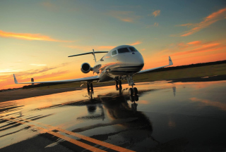 Free Private Jet Picture for Android, iPhone and iPad
