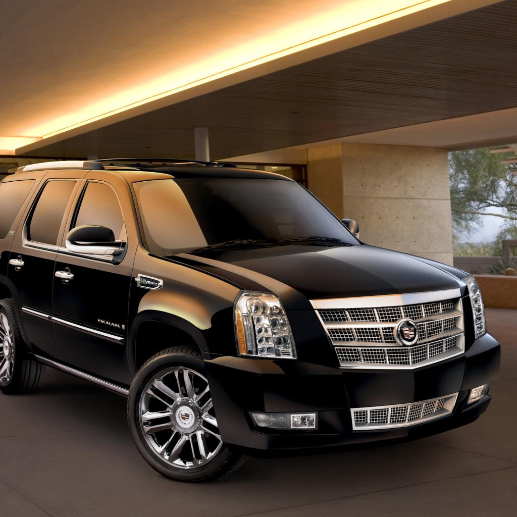 Cadillac Escalade Full-Size Luxury SUV Wallpaper for iPad mini